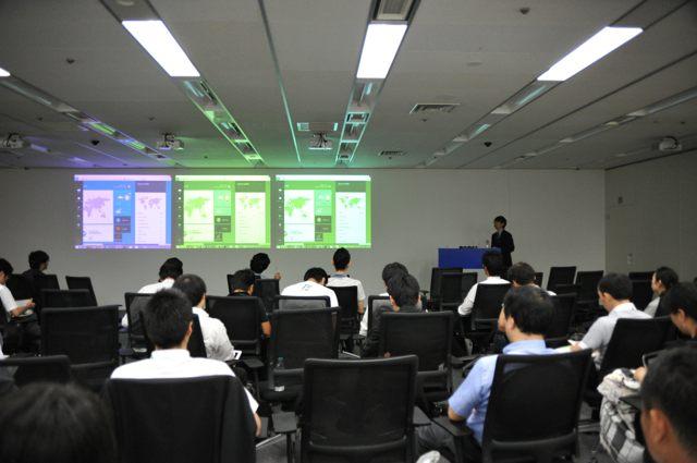 講演中の井上章さん(Agile Japan 2014 スポンサーセッションA-1)