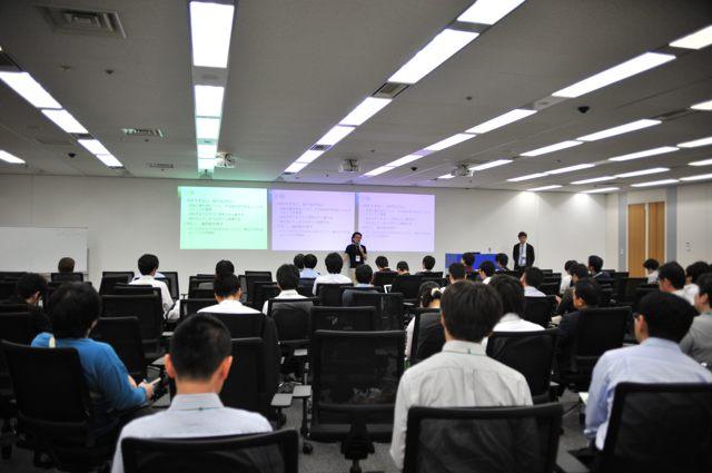 講演のようす(Agile Japan 2014 エンタープライズセッションB-4)